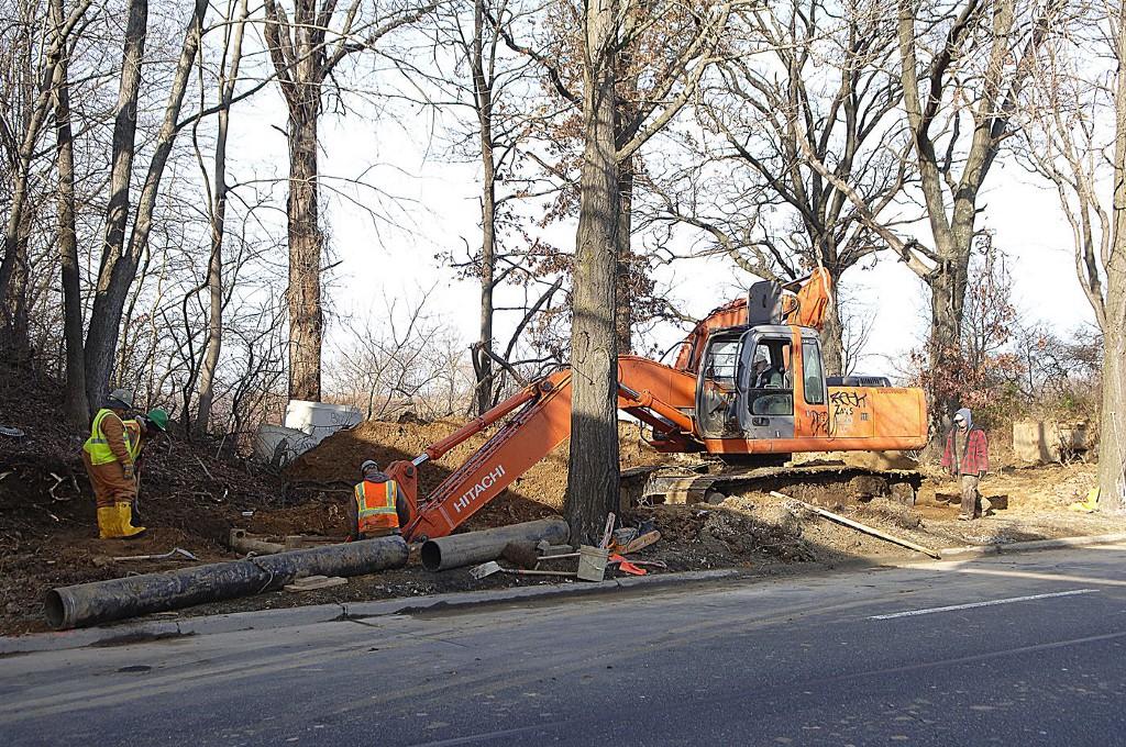 Sewer construction underway on Roosevelt Blvd  - Northeast Times